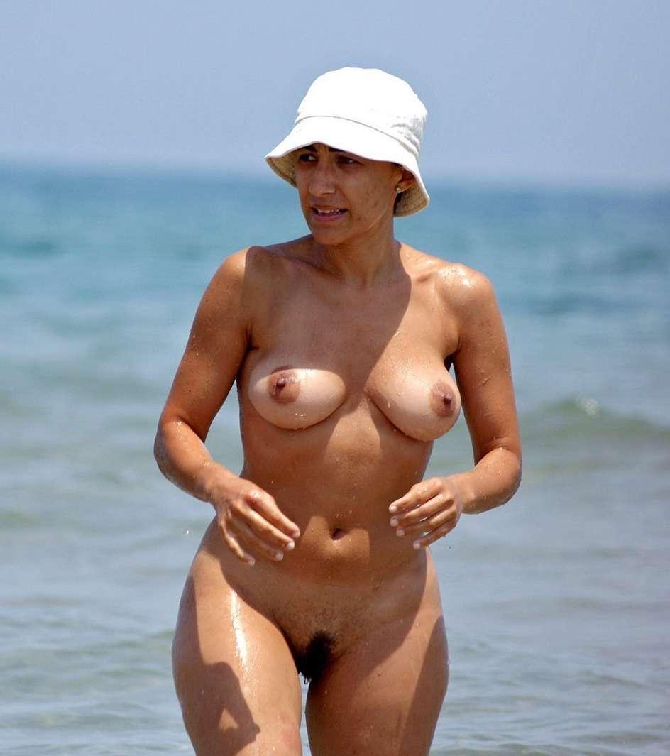 vieille cougar francaise femmes nudistes