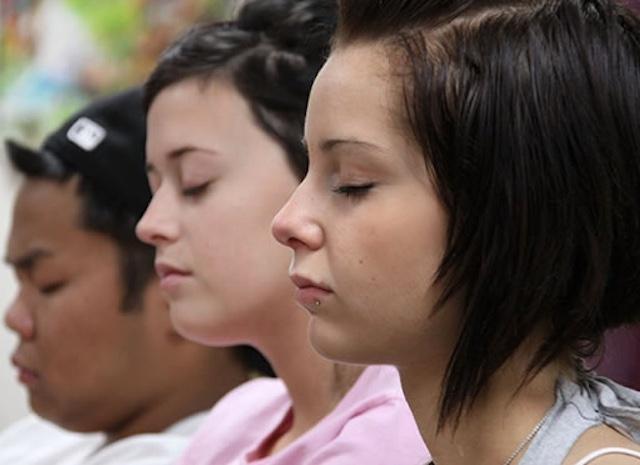 kids-meditating-David-Lynch-Foundation-Facebook