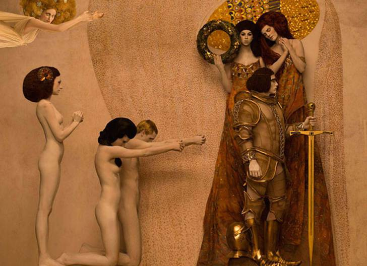 Gustav Klimt's Iconic Gold Paintings Recreated by Real Models