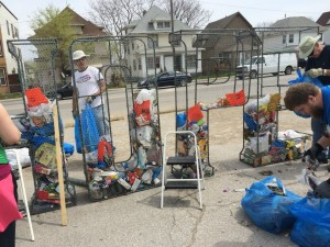 Litter Letter Project Turns Trash Into Art Makes