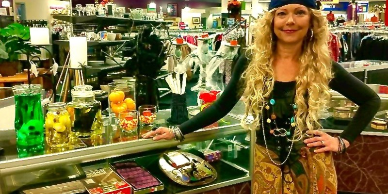 Affordable & Fun Goodwill Costumes and Decorations With FOX21 Morning News