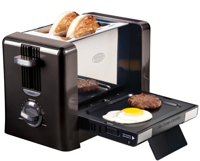 Nostalgia Electrics BTG-100BLK Flip-Down Breakfast Toaster