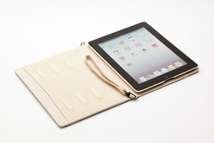Amazon.com  Newsh Bling Bling Inlay Swarovski Element Crystal Stand Leather Case for Ipad 2 Ipad 3 New ipad White - PT03