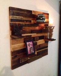 DIY Easy-to-Build Pallet Decorative Wall Shelf