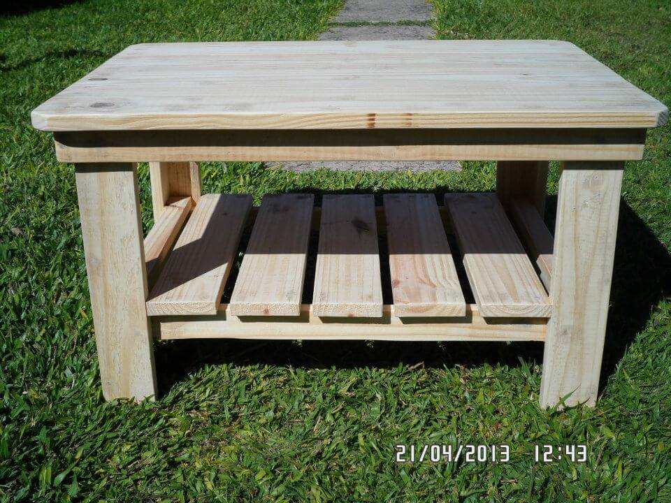 Natural bright wooden tone will be rocking to use at outdoor if you