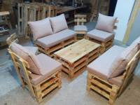 Pallet Seating Set - DIY