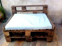 Rustic Pallet Chair with Table | 99 Pallets