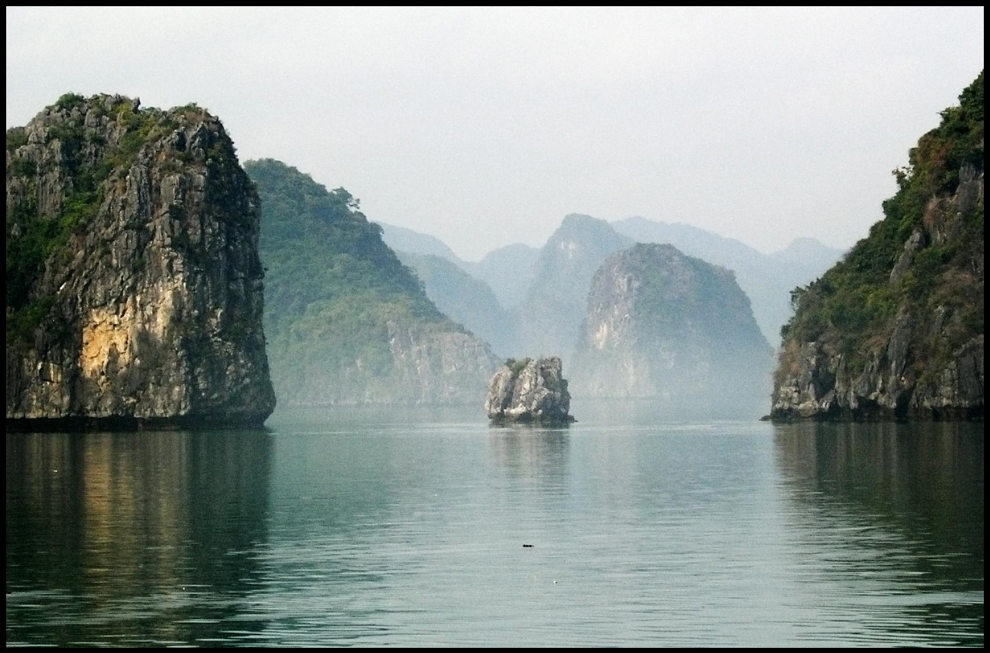Sunset Wallpapers With Quotes Vietnam Cruise Holidays Cruising On Ha Long Bay