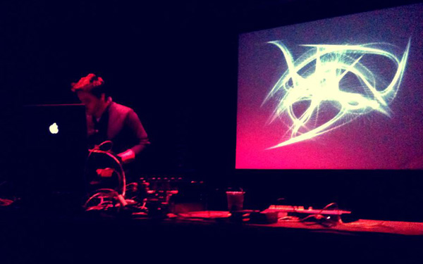 Featured - 9th cloud live with Tokimonsta Seconde Nature 25 nov 2011 - 6