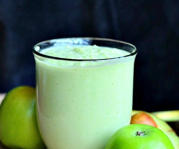 Green Apple Avocado Green Smoothie