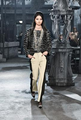 Chanel_runway_fashion_magazine_social (16)