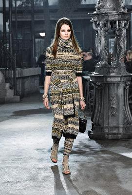Chanel_runway_fashion_magazine_social (23)