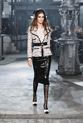 Chanel_runway_fashion_magazine_social (8)