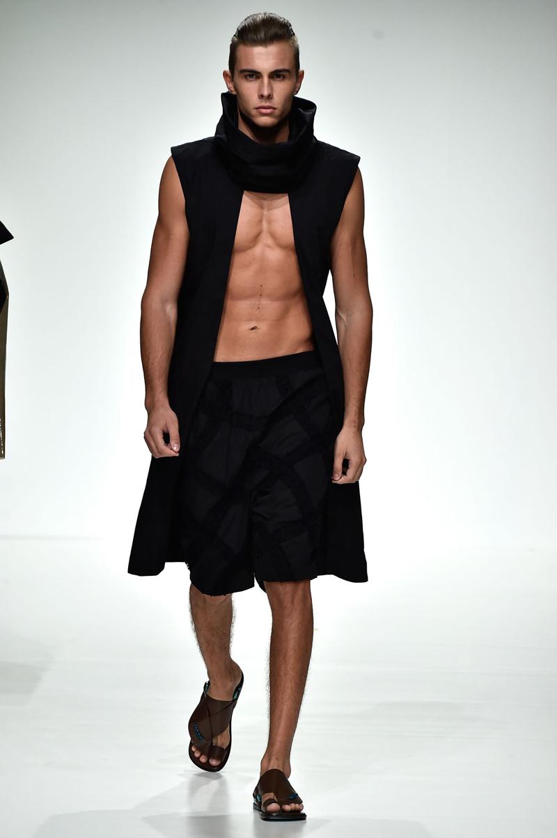 dubai-fashion-runway-MashaelAl Rajhi (10)