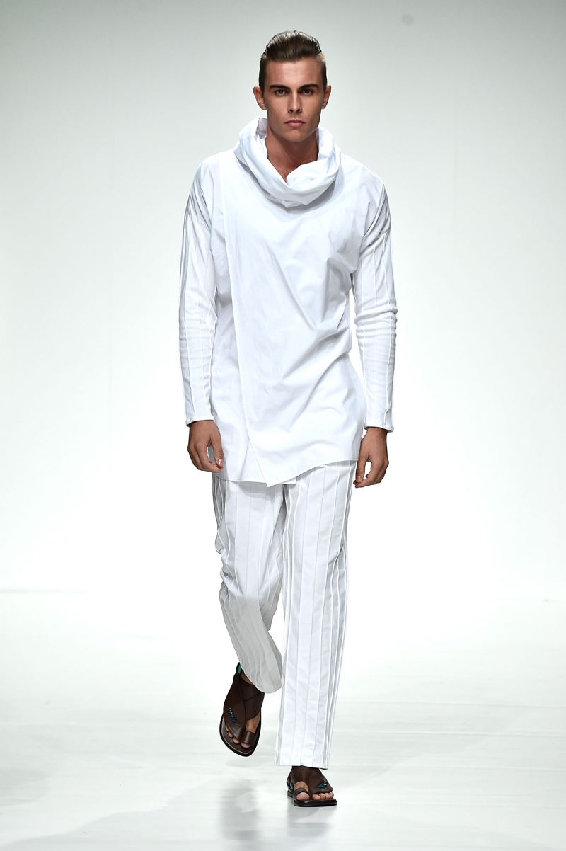 dubai-fashion-runway-MashaelAl Rajhi (5)