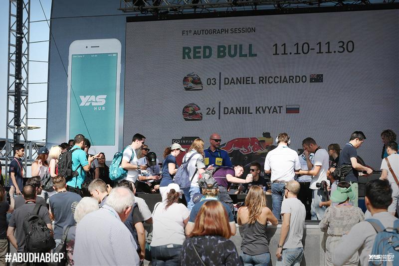 yas-marina_formula1-race-dubai-social-magazine-(10)