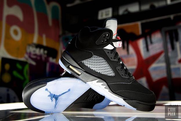 jordan_sneakers_drake