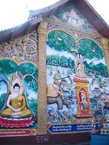 Huay Xai Wat Back