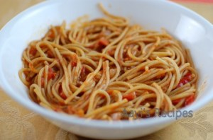 Spaghetti In Vegetable Sauce