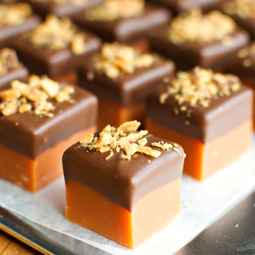 Butterfinger Fudge | A baJillian Recipes