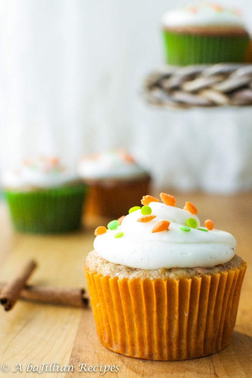 Carrot Cake Cupcakes with Vanilla Bean Cream Cheese Frosting | A baJillian Recipes