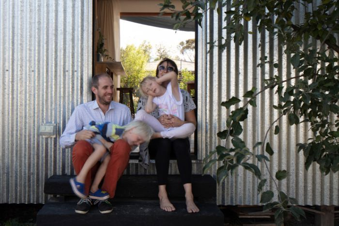 War On Waste Engineer Builds Recyclable House To Reduce