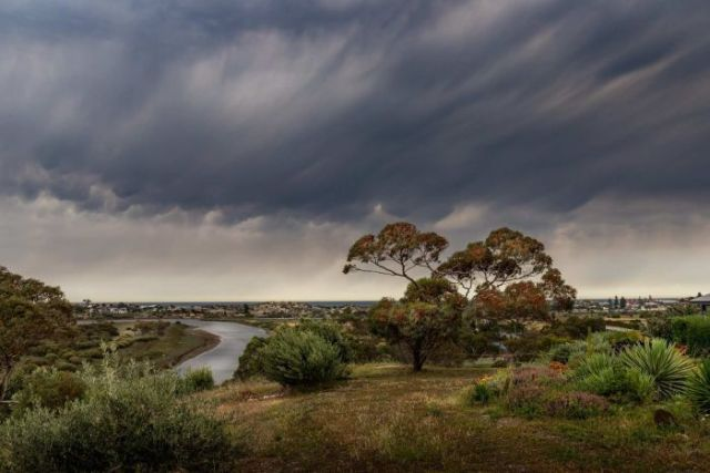 Stormy weather over Port Noarlunga