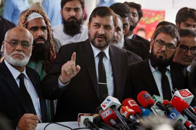 Pakistani lawyers who are contesting the case against Asia Bibi speak to the media
