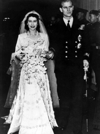 Princess Elizabeth leaves Westminster Abbey in London, with her husband, the Duke of Edinburgh, after their wedding ceremony.