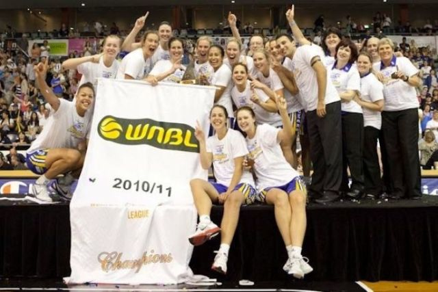 The Bulleen Boomers celebrating the 2010/2011 WNBL Championship.