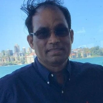 Dr Azit Das has sunglasses on in this profile photo from his Facebook account