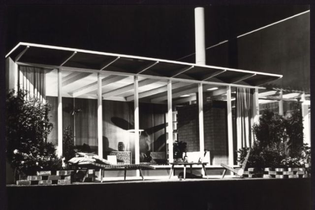 House of Tomorrow exterior, designed by Robin Boyd, photographed by Wolfgang Sievers, 1949.