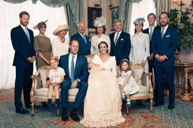 uke and Duchess of Cambridge shows the official photograph to mark the christening of Prince Louis at Clarence House