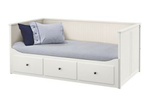 hemnes-daybed-frame-with-drawers-white__0159184_PE315622_S4