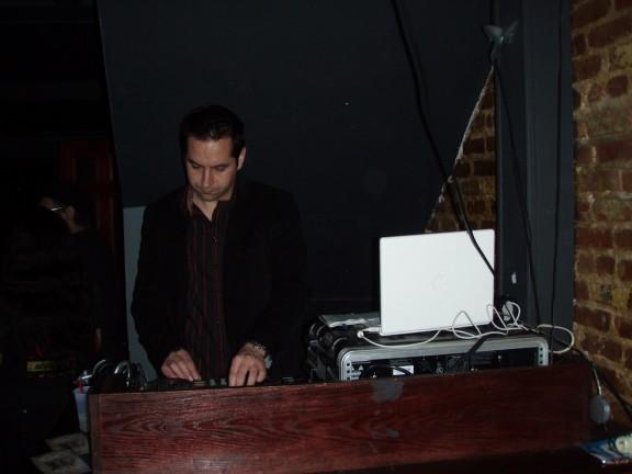 absolution-NYC-goth-club-DJ-Holikarus.jpg