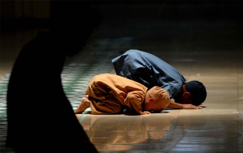 Dekatkan anak ke masjid