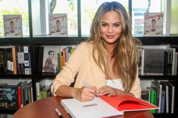 chrissy-teigen-cravings