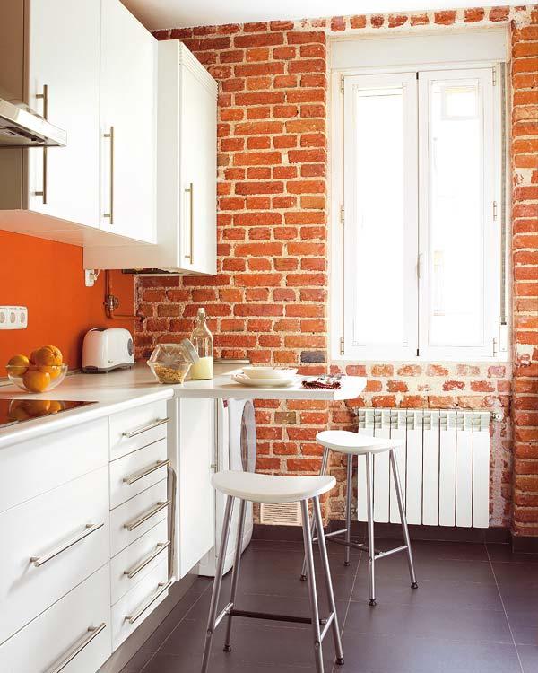 Peque as cocinas distribuidas en l con barra de desayunos - Cocinas pequenas en forma de l ...