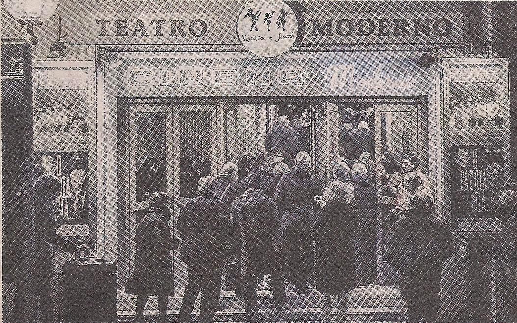 """Sale piene e film Cult – """"Repubblica 30 Aprile"""""""