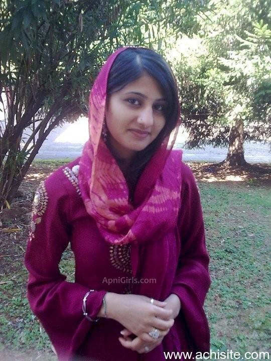 Punjabi Cute Girl Wallpaper Desi Girls Wallpapers Desi Girls Hd Wallpapers Desi
