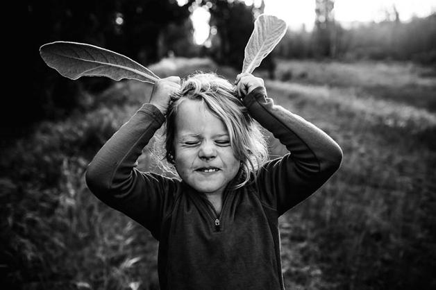 Fotógrafa registra infância dos filhos longe da tecnologia