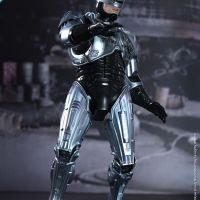 Hot Toys - RoboCop - RoboCop Collectible Figure_PR8