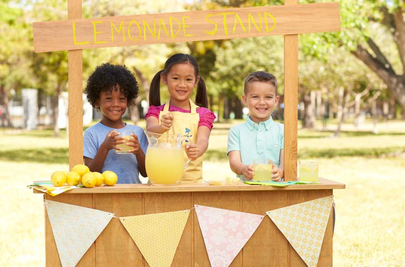 Toys R Us Lemonade Stand : Action figure insider toys r us encourages customers to