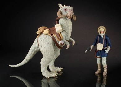 A8724_SW_BlackS_Deluxe_Han_Tauntaun copy