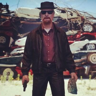 Mezco Breaking Bad Heisenberg - junk yard