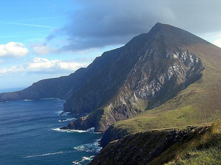 Chill Wave Car Wallpaper Croaghaun Sea Cliffs Achill Island Co Mayo Ireland