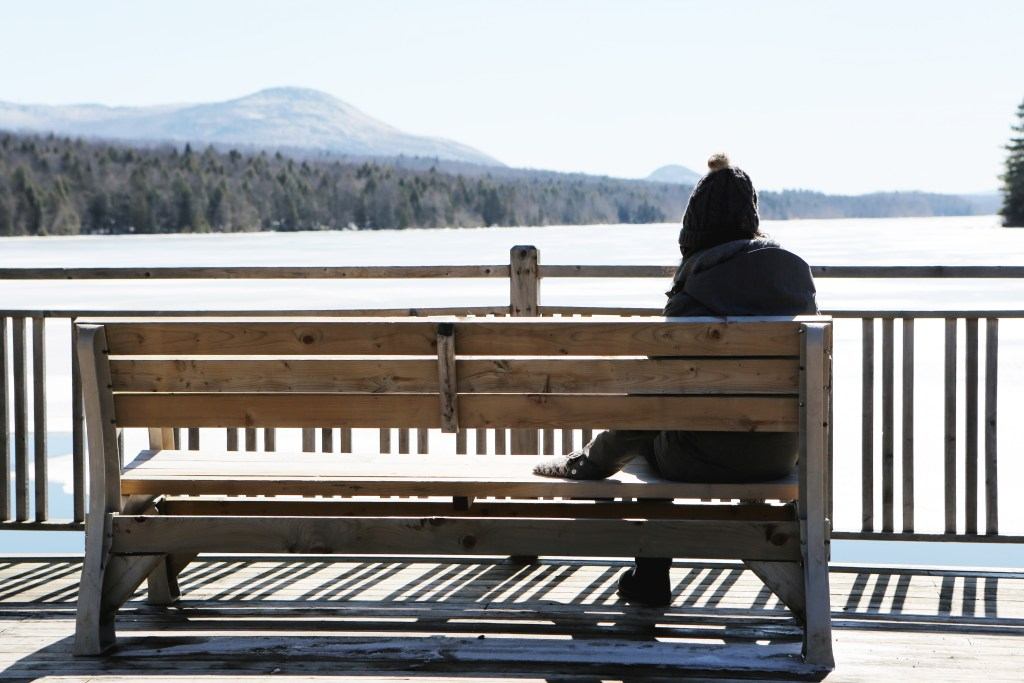 woman-bench-lake-leeroy
