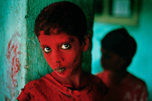 Afghan Girl Eyes Wallpaper Steve Mccurry The Iconic Photographs Acurator