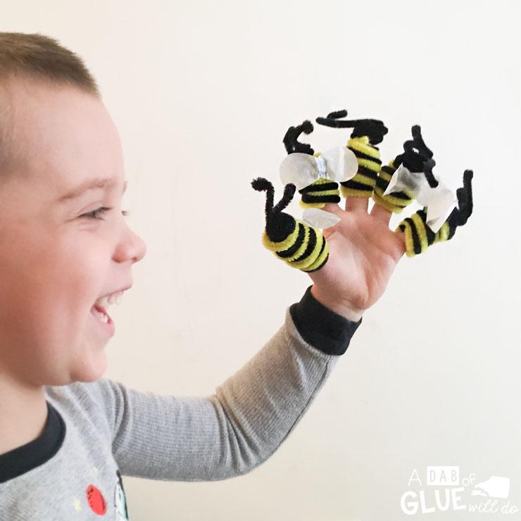 Bee Finger Puppet Craft -