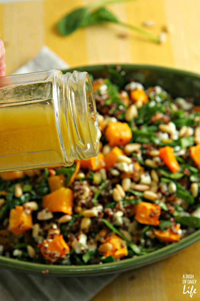 Trying to eat healthier in the New Year? Add more colors to your diet with this Red Quinoa Salad with spinach and butternut squash! This delicious and nutritious winter salad is the perfect addition to your lunch or dinner menu.